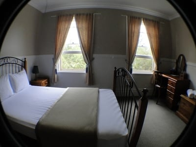 Accessible Queen Ensuite, Luxurious Accommodation To Stay, Venue And Function Space
