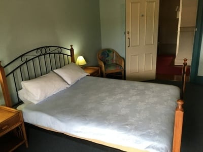 Queen Room Shared Facilities (max 3 pax)