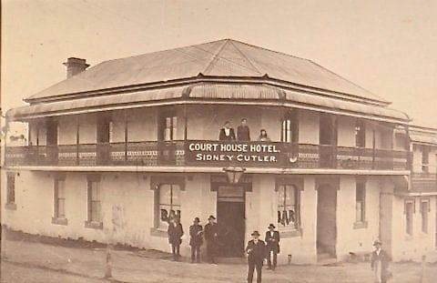 court house hotel sidney cutler, Settlers Arms, Accommodation, Venue And Function Space